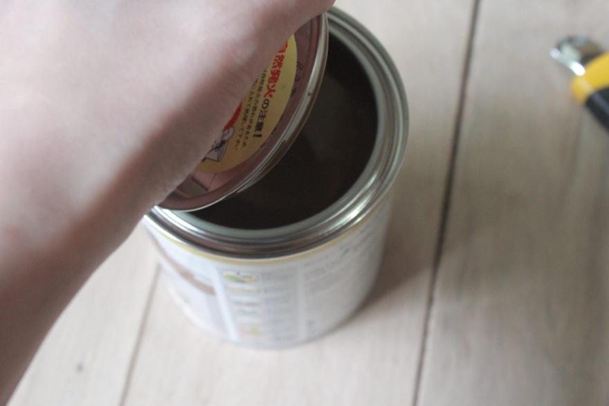 フローリングにオスモカラーを塗る