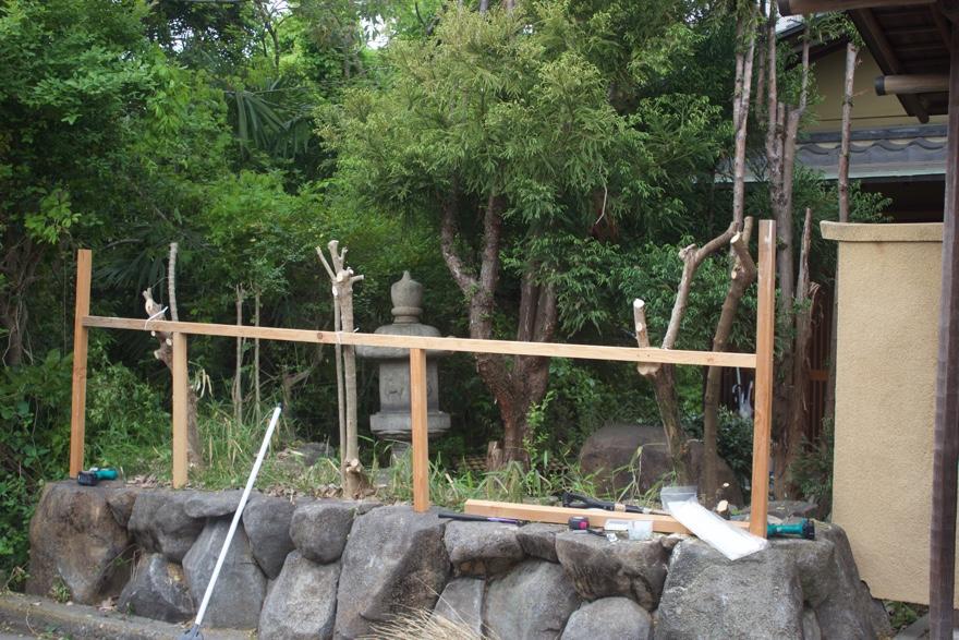 DIYでフェンスを立てる