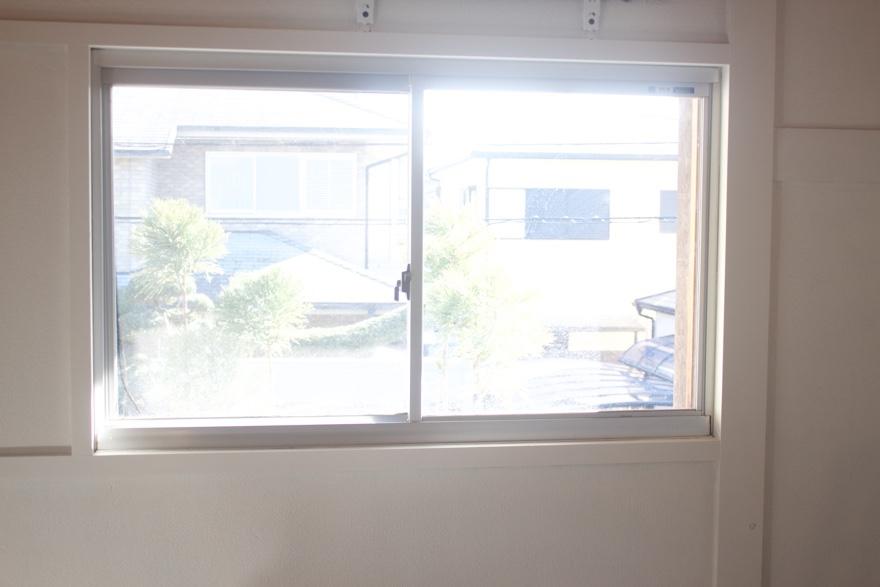 アルミサッシ窓を二重窓にDIY